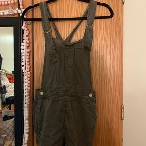 H&M overall shorts!